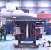 Industrieller schmelzender Ofen in Boiler&Furnace in der Gießerei