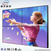 el panel lleno de la pared 2X2 de la pulgada video HD 1080P del regulador 55 que hace publicidad de la tienda TV