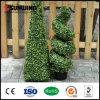Im Freien künstlicher grüner Blatt-Hecke-Zaun blüht Privatleben-Hecken