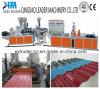 A telhadura ondulada de PVC/UPVC cobre a maquinaria da fabricação
