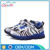 2016 zapatillas de deporte ligeras superiores del deporte de la PU LED del diseño más caliente