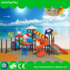 Kind-Spielplatz-Geräten-Ort-im Freienspielplatz