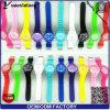 Nuova vigilanza di promozione della manopola della bandierina di colore della caramella di moda dell'orologio di quarzo analogico della vigilanza del silicone del ghiaccio di Genevn di modo Yxl-348 2016
