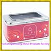Sostenedor de la servilleta del cuadrado del uso de la promoción con el sostenedor rojo de la servilleta del metal de la impresión de la insignia