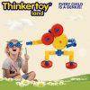 Brinquedo interno plástico duro colorido geométrico do robô