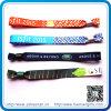 2016 neuer Entwurf gesponnene Festival-GewebeWristbands mit Plastikclips