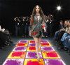 Podium-Fantasie-bewegliche dekorative flüssige Fußboden-Fliesen