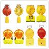 安全バリケードの警報灯の交通標識