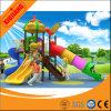 Entwurfs-Kind-im Freienspielplatz-Gerät freigeben