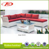 Bello insieme bianco del sofà del rattan