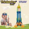 La plastica dell'interno educativa dei capretti gioca i giocattoli delle particelle elementari