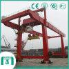 De op zwaar werk berekende Kraan van de Haven van de Container van de Apparatuur Op rails gemonteerde (RMG)