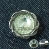 Кнопка металла Rhinestone способа цветка золота кристаллический