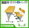 Mesa ajustável moldada da sala de aula da escola dobro com cadeira