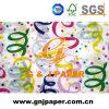 Un papel de tejido hermoso impreso cara de las imágenes para envolver