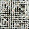 正方形パターン、浴室のタイル、背部しぶきのモザイク・タイル(MIX-T05)のBlacklipのモップが付いている川の貝の組合せ