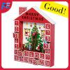 장식적인 거는 장신구를 가진 나무로 되는 크리스마스 집 출현 달력