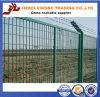 OEM soldado cubierto polvo blanco de la recepción de la cerca del acoplamiento de alambre del PVC, cerca de la barrera