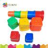 Onderwijs Stuk speelgoed, Plastiek dat Stapelend het Stuk speelgoed van Koppen voor Kleuterschool sorteert