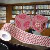 O coração imprimiu o rolo do tecido de banheiro da novidade do papel higiénico