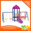 O parque de diversões ao ar livre pequeno desliza e balanç o equipamento para a venda