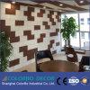 Il rivestimento del soffitto della parete ha decorato i comitati