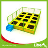 Liben Cheap Small Indoor Trampoline Court con Netting Enclosure