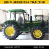 John Deereのトラクターのバックホウ854、John Deere 854台の4X4トラクター、John Deere 854のタクシーのトラクター