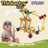 La plastica avanzata della costruzione scherza il giocattolo