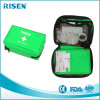 Grünes im Freiensport-Spielraum-Ausgangsmedizinische Erste-Hilfe-Ausrüstung