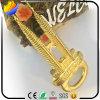 栓抜きに使用するSlap-up Goldingのめっきのマレーシアのペトロナスタワーの形の金属亜鉛合金冷却装置磁石は多機能であり、