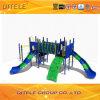 子供の運動場装置のための挑戦梯子そしてクライマー