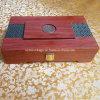 Rectángulo de regalo de madera elegante