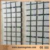 All'aperto le figure casuali della pietra materiale popolare dell'ardesia comerciano pavimentando le mattonelle