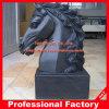 Escultura de mármore preta da cabeça de cavalo