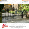 Conveniente y Practical Wrought Iron Gate con Small Door