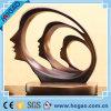 Statua moderna dell'estratto della fronte di taglio della resina