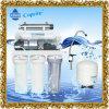 Utilisation d'épurateur de l'eau de RO de Roh dans le bassin de cuisine