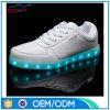 熱い販売新しいデザイン明るいLED人の偶然靴