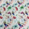 Симпатичная птица и напечатанная цветком ткань для одежды