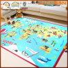 Couvertures éducatives colorées de carte du monde pour des enfants
