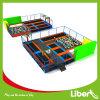 Campo de jogos e Trampoline internos dos miúdos