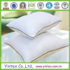 Duck bianco Down Pillow con Piping variopinto (CE/OEKO, BV)