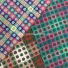 준비되어 있는 자카드 직물 검사와 점 모직 직물의 색깔