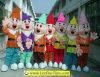 7人の小びとの漫画のマスコットの文字衣裳