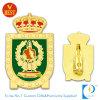 Distintivo Finished di Pin dello smalto dell'oro di alta qualità del rifornimento con la spilla di sicurezza