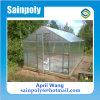 Estufa pequena do jardim do policarbonato para a família