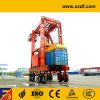 De container die de RubberKranen van de Band/Container stapelen spreekt zich niet uit over Carrier
