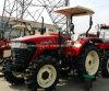De Machines van het landbouwbedrijf, Tractor met 4 wielen 904 van de Aandrijving