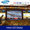 P10 RGB dell'interno che fa pubblicità allo schermo di visualizzazione del LED